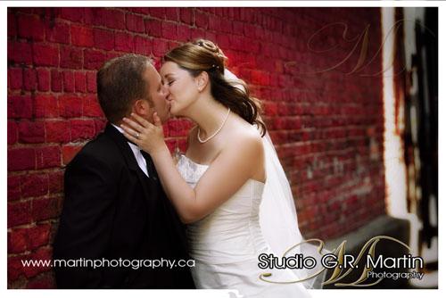Ottawa ontario couple wedding photography downtown market