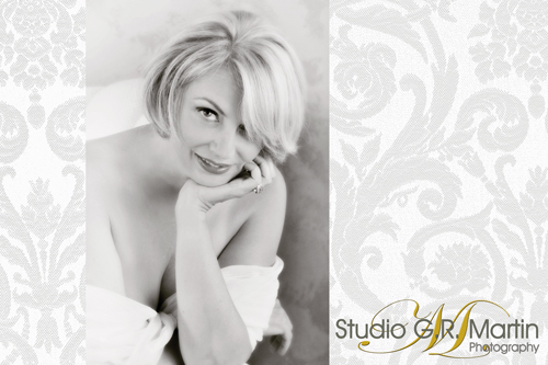 Hot and Sassy Boudoir Glamour Photography - Ottawa glamour photographers - Great valentine's Day gift - Ottawa women