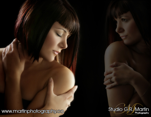 hot and sassy Glamour Boudoir session - Ottawa glamour boudoir photographers - Hummingbird MediSpa photography