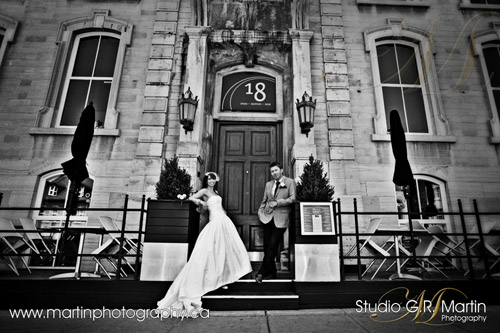 Ottawa wedding photographers - Ottawa courtyard wedding - Sinders Bridal House - Mexx