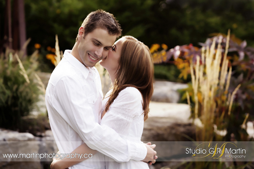 Ottawa Engagement Photographers - Ottawa Couple Photography - On Location Photography - Cumberland Estate Studio