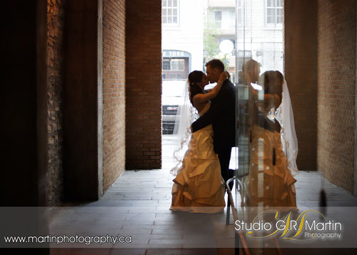 Ottawa Wedding Photographers - Ottawa Courtyard Weddings - Ottawa ByWard Market Wedding Photography - Ottawa Wedding Photography