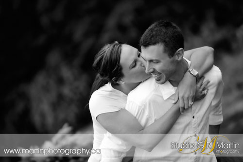 Ottawa Engagment Photography - Ottawa Couple Photographers - Couple Photography - Ottawa Engagement Photographers