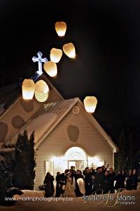 Ottawa ontario winter weding photographers chinese lantern night ceremony in church