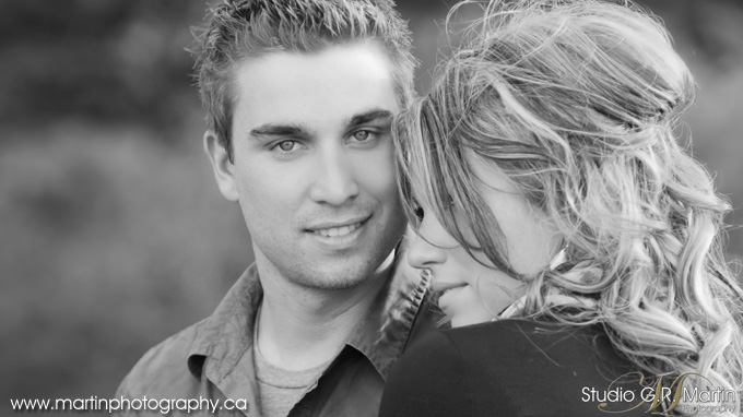 Ottawa Fall Engagement Couple Photographers Studio G.R. Martin