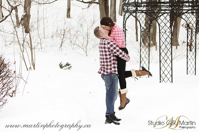 Ottawa winter couple outdoor portrait engagement