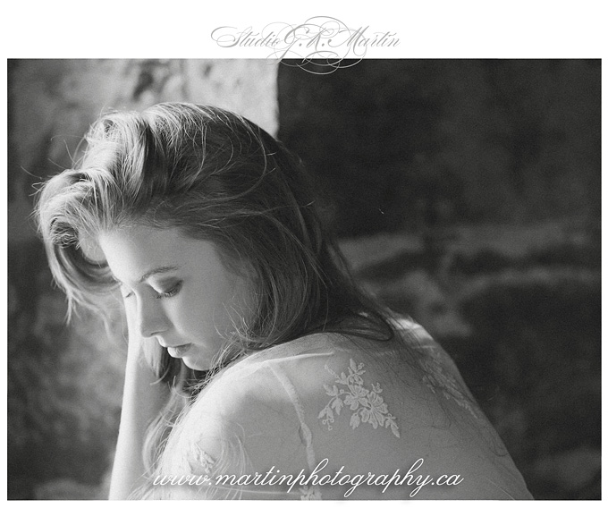 ottawa portrait and wedding photographers - Ottawa boudoir photographers