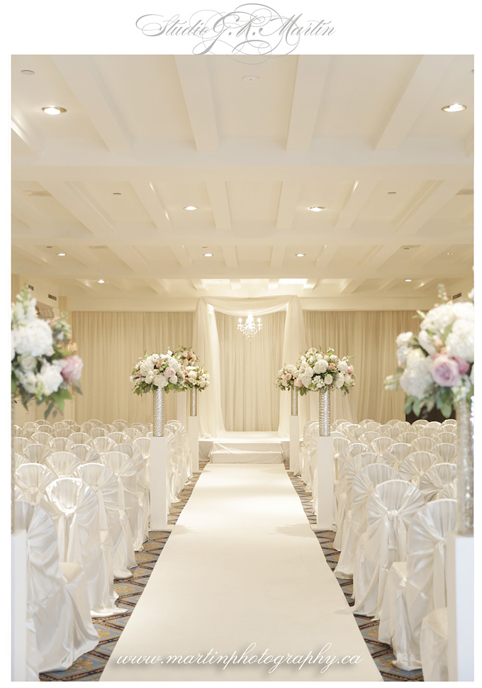 Full Bloom Flower - Wedding at Chateau Laurier - Martin Photography
