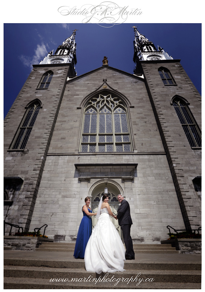Ottawa wedding photographers at Greyhawks golf course, Studio G.R. Martin Wedding Photography
