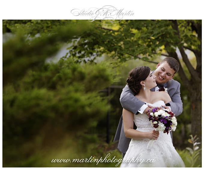 ottawa wedding photographers at Greyhawks golf course