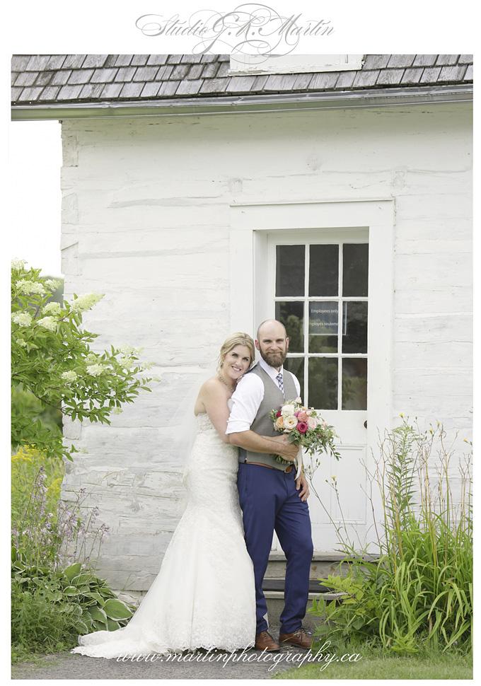Cumberland Heritage Village Museum Wedding mariage champêtre Musée de Cumberland Ontario Canada photographer