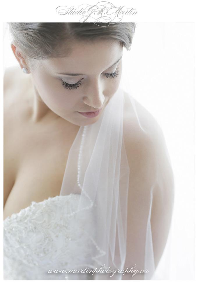 Ottawa-Wedding-Photographers-Westin-eighteen-Restaurant-ceremony-and-reception