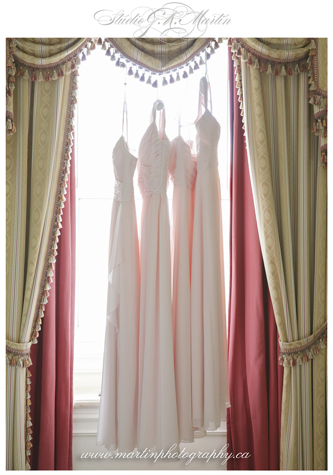Ottawa-Fairmont-Chateau-Laurier-Wedding-Photographers-ottawa-bridesmaids-gown