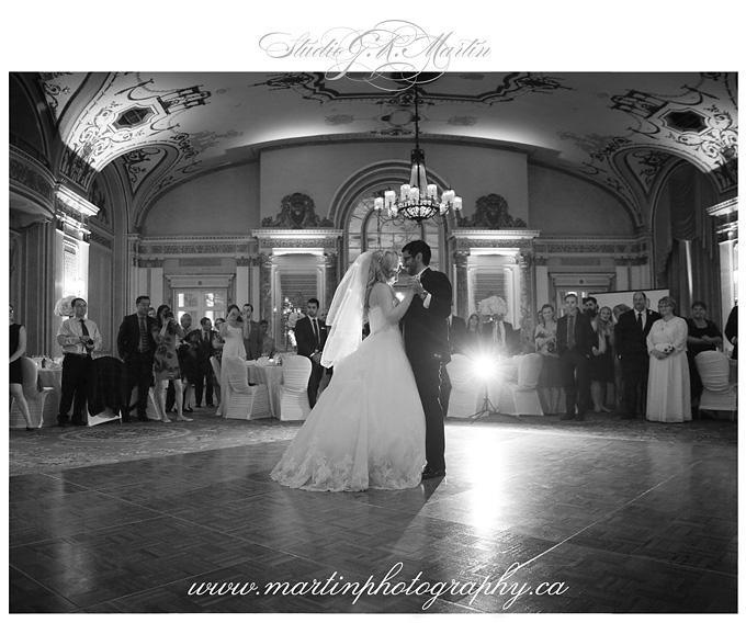 Ottawa-Fairmont-Chateau-Laurier-Wedding-Photographers