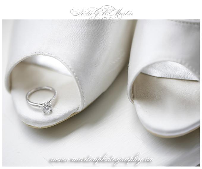 Ottawa-Fairmont-Chateau-Laurier-Wedding-Photographers-brilda-shoes