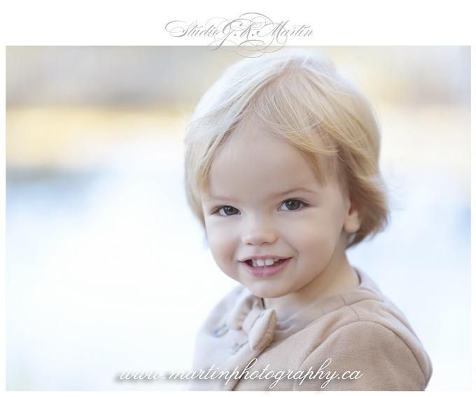 Ottawa-studio-family-photography-outdoor-lifestyle-photographers children outdoor photography