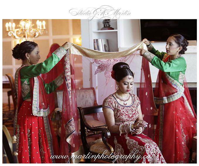Ottawa-Elegant-Hindu--Indian-Ceremony-Wedding-Photographers-HiltonLacLeamy