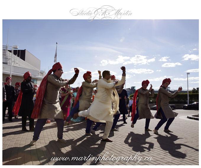 Ottawa-Elegant-Traditional-Hindu-Indian-Ceremony-Wedding-Photographers-HiltonLacLeamy