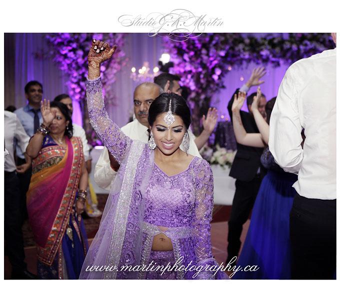Ottawa-Hindu-Wedding--Photographer-Reception-HiltonLacLeamy-Indian-Wedding