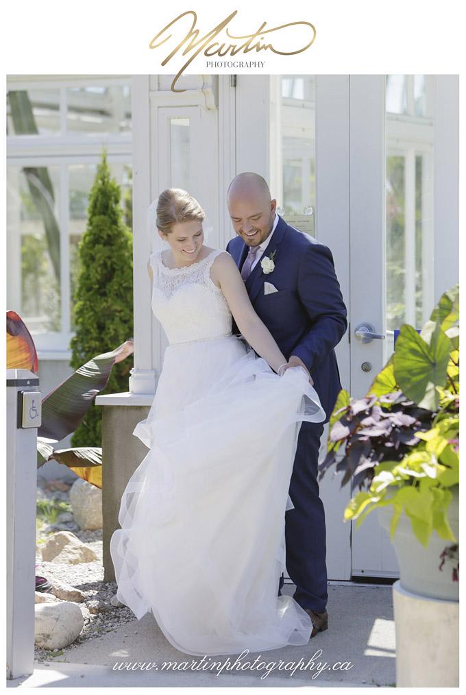 Amelie et Luc Roy - Next Restaurant Wedding- Ottawa wedding photographers - Ottawa dominion arboretum central experimental farm