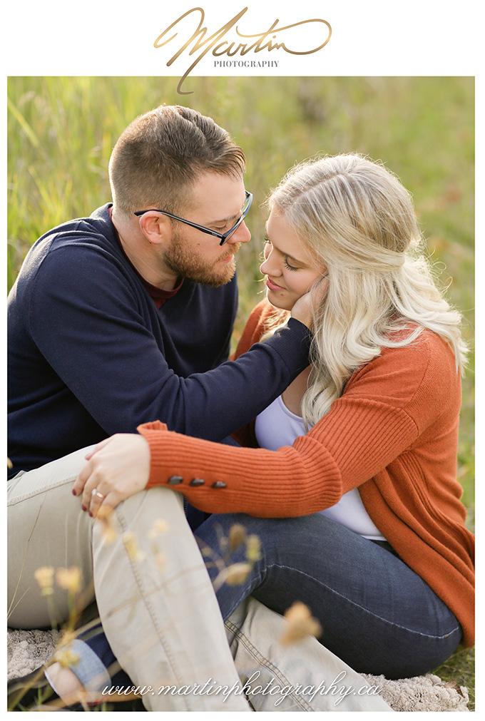 Ottawa-couple-engagement-wedding-photographers